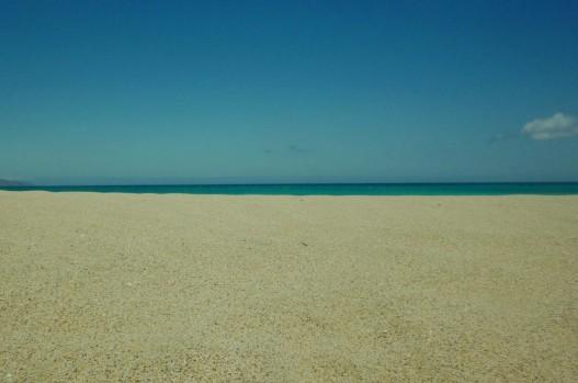 Arena, mar y cielo