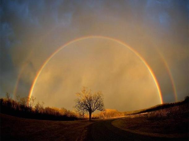 VI Encuentro de Luz . Frecuencia arco iris