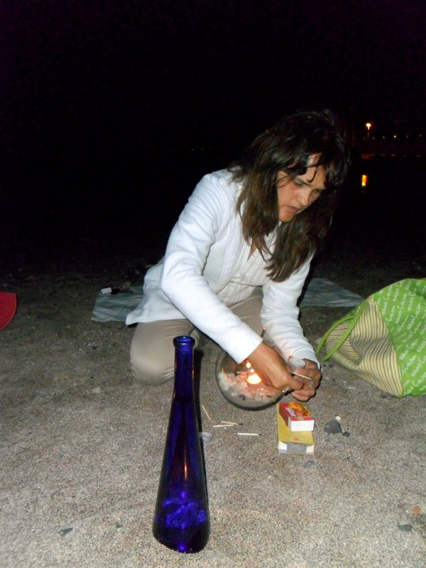 Andrea preparando la ceremonia