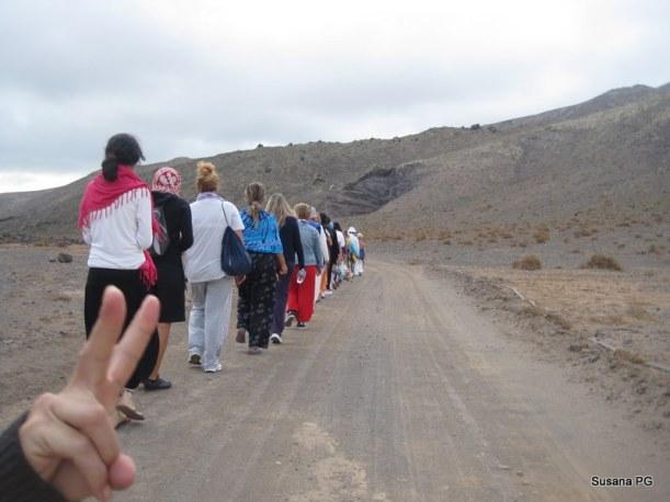 Camino del viaje chamánico en la cueva volcánica